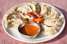 Nepalese foods for you to try on your trip to Nepal. 6 typical Nepalese dishes, great for adults or children