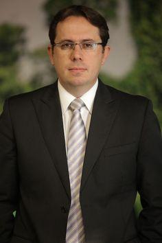 Clayton Cruz nuevo VP de Ventas para la región