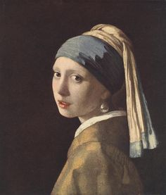 Girl with a pearl earring  (prettiest girl in the 17th century)