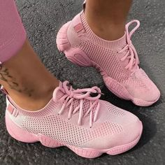 Low-Cut Upper Lace-Up Round Toe Plain Platform Sneakers Colorful Sneakers, Cute Sneakers, Retro Sneakers, Dress With Sneakers, Dress And Heels, Casual Sneakers, Cute Shoes, Sneakers Nike, Awesome Shoes