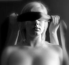 Was mögen Männer im Bett? Dieser Frage sind wir nachgegangen und haben 50 interessante Dinge herausgefunden. http://weable.de/was-moegen-maenner-im-bett/