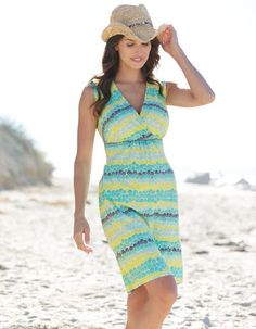 Like the neckline, hem length, waistline, and ability to wear a bra. Not crazy about the colors orpattern. Day Dresses, Summer Dresses, Bravissimo, Green Shorts, Summer Looks, Green Dress, Spring Summer Fashion, Dress Skirt, Personal Style