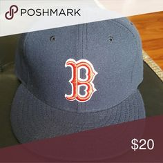 Boston Red Sox fitted cap Make an offer!! New Era Accessories Hats