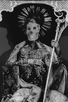 """chaosophia218: """"Konrad II (Mondsee, Austria). In 1578, a labyrinth of underground burials assumed to be the remains of thousands of early Christian martyrs was discovered in Rome. The bones of these """"catacomb saints"""" were then disinterred and sent to..."""