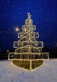 Christmas tree on street by Iordache Laurențiu on 500px
