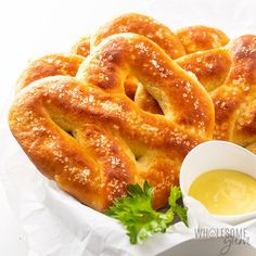 Low Carb Gluten Free Keto Soft Pretzels Recipe: Learn how to make keto pretzels with this EASY gluten-free soft pretzels recipe. These chewy low carb pretzels are made with fathead dough and yeast. Soup Appetizers, Low Carb Appetizers, Appetizer Recipes, Snack Recipes, Easter Recipes, Recipes Dinner, Fall Recipes, Cookie Recipes, Breakfast Recipes