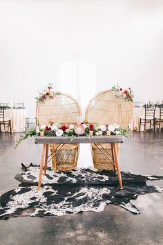 The Sweetest Seat in the House - Borrowed Charm - Table Settings Wedding Reception Design, Romantic Wedding Receptions, Backdrop Wedding, Wedding Ceremony, Wedding Venues, Wedding Groom, Boho Wedding, Boho Bride, Fall Wedding