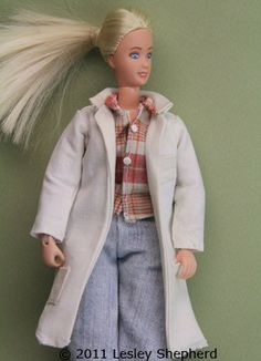 Sew a Lab Coat for Any Size or Shape ofDoll