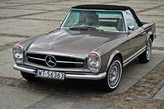1967-1971 Mercedes-Benz 280 SL Convertible