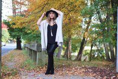 How to style a cashmere poncho by fashion blogger Lex de Villier