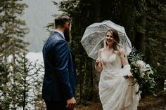 This snowy elopement in Lake Louise was beautiful and romantic. The couple exchanged their vows then did wedding photos at Lake Louise and Moraine Lake. Wedding First Look, Brittany, Got Married, Wedding Photos, Romantic, Couples, Wedding Dresses, Photography, Beautiful
