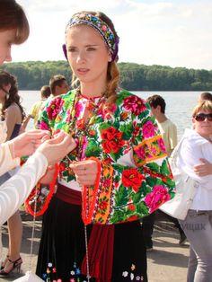 (8) Gallery.ru / Фото #10 - Випускний у вишиванках (Тернопіль, 29.05.2010) - svetik67