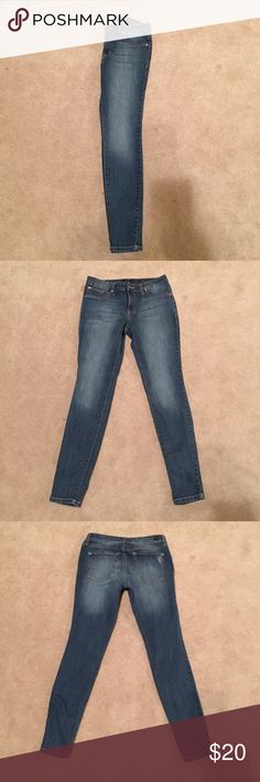 """Jessica Simpson """"Kiss Me"""" Jeggings Versatility at its best, these jeans feature a super skinny silhouette. The inseam is approximately 30 1/2"""". They are a mid rise and have a skinny fit through the hips, thighs, and leg. They have two non functional pockets in the front along with one functional pocket and two functional back pockets. It also features a front zipper and button closure with belt loops. Jessica Simpson Jeans Skinny"""