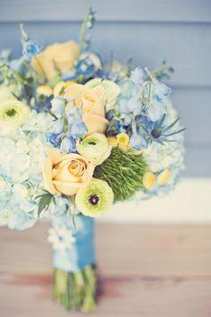 gorgeous bouquet ~ blues + yellows