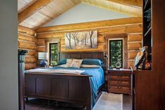 Our superior non-settling log home construction method makes typical log home problems a thing of the past. Click to read more Log Home Bedroom, Log Cabin Bedrooms, Rustic Bedrooms, Log Cabin Homes, Log Homes Exterior, Log Home Builders, Log Home Kitchens, Log Home Designs, Cabin Interiors