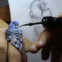 Our designer is moving beyond theory diving into hands-on practice in the art of jewellery. Behind the scenes of the very new Peacock ring. Stay tuned to see the fine jewel.  #palmiero #ring #jewellery #behindthescenes #wax #handmade #jewelry #peacock #jewels #brandnew #baselworld2015 #f4f #art #design #fantasy #amazing #part1 #madeinitaly #luxury #atelier