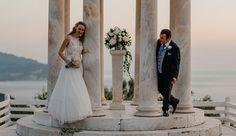 Funny couple - pew flower arrangement - Son Marroig, Deia, Mallorca