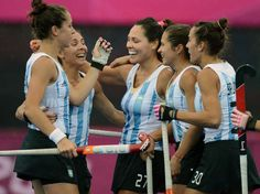 Las Leonas arrancaron con goleada. Rugby, Hockey, Nba, Wrestling, Yards, Boxing, London, Argentina, Sports