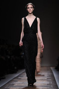 Easy evening elegance at Valentino Autumn 2012