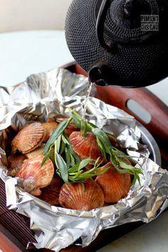 Steamed scallops with tea & tarragon