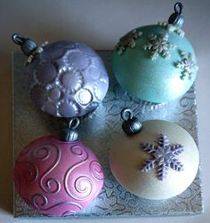 Christmas Baubles Domed Cupcake Master Class
