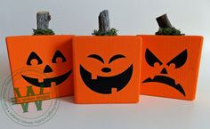 These cute little fellas are so fun to make. Vinyl jack-o-lantern faces. Jack O Lantern Faces, Wooden Pumpkins, Halloween Crafts, Halloween Ideas, Fall Wreaths, Vinyl Lettering, Fall Decor, Artisan, Monogram