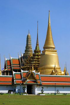 Wat Phra Kaew - The Temple Of The Emerald Buddha - Grand Palace, Bangkok, Thailand