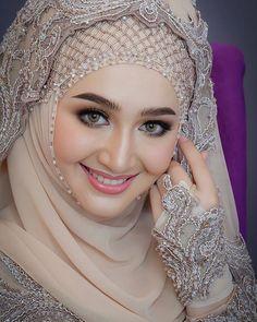 edited Hijab dp for girls Beautiful Muslim Women, Beautiful Girl Indian, Most Beautiful Indian Actress, Beautiful Hijab, Wedding Hijab Styles, Hijab Wedding Dresses, Hijabi Girl, Girl Hijab, Arabian Beauty Women