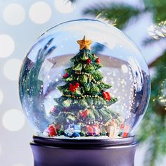 In this DIY tutorial, we will show you how to make Christmas decorations for your home. The video consists of 23 Christmas craft ideas. Christmas Snow Globes, Noel Christmas, Christmas Greetings, Winter Christmas, Christmas Crafts, Christmas Decals, Christmas Wallpaper, Christmas Decorations To Make, Christmas Themes