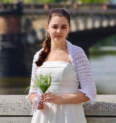 e0914fa998f0 17 nejlepších obrázků z nástěnky Bridal crochet boleros