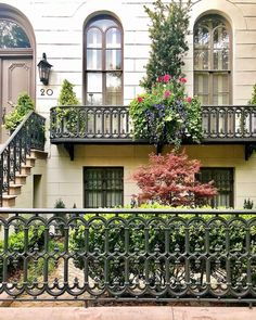 The Ultimate Guide to River Street in Savannah GA – Messy Bun Messy Bun With Braid, Messy Buns, Dance Hairstyles, Homecoming Hairstyles, Wedding Hairstyles, Party Hairstyles, Braid Hairstyles, Wedding Updo, River Street Savannah Ga