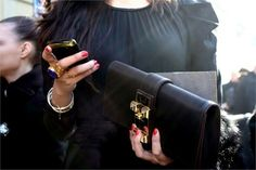 I want this clutch...now!