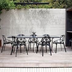 Terrace Magis Chair Chair One by Konstantin Grcic for Magis Outdoor Dining, Outdoor Spaces, Outdoor Decor, Indoor Outdoor, Garden Furniture, Outdoor Furniture Sets, Small Furniture, Garden Chairs, Patio Chairs
