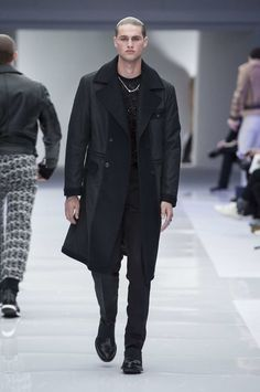 Versace Menswear FW Fashion Show  - LOOK 60 | Official Website