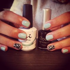 Super Cute Leopard Print nails using NSI Gel Polish, Polish Pro Dreaming of Blue!