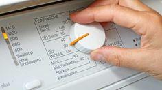Für jede Textilart und jede Temperatur bieten moderne Waschmaschinen das passende Programm.