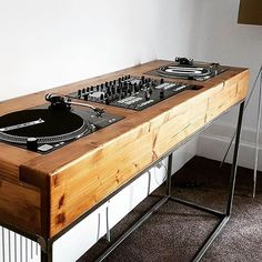 146 Likes, 23 Comments - Glasgow Wood Recycling ( on Insta. 146 Likes, 23 Co Stockage Record, Dj Stand, Dj Table, Dj Decks, Dj Setup, Vinyl Record Storage, Audio Room, Home Studio Music, Dj Booth