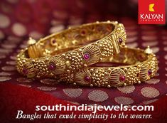 Jewelry OFF! Kalyan Jewellers antique gold bangle embellished with rubies. For inquiries please contact 91 487 Gold Bangles Design, Gold Jewellery Design, Fancy Jewellery, Ruby Bangles, Gold Jewelry Simple, Schmuck Design, Indian Jewelry, Antique Gold, South India