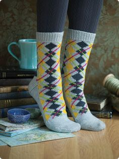 """I will do argyle. Just because! Free pattern and it is called """"simply"""". Hummm"""