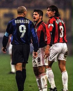 Ronaldo Luiz Nazario, Genaro Gatuso y Paolo Maldini Football Icon, Football Is Life, Retro Football, Football Boys, Vintage Football, Soccer Guys, Ronaldo Inter, Ronaldo 9, Good Soccer Players