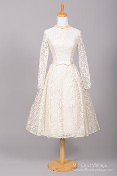 1950 Keyhole Lace Vintage Wedding Dress , Vintage Wedding Dresses - 1950 Vintage, Mill Crest Vintage  - 1