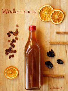 wódka jak kompot z suszu Sweet Life, Hot Sauce Bottles, Sweet Recipes, Wine Rack, Christmas Time, Brewing, Beverages, Food And Drink, Tasty