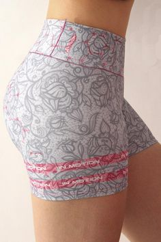 Grey Sports Leggings, Leggings Are Not Pants, Workout Attire, Workout Wear, Sporty Outfits, Cute Outfits, Lace Trim Shorts, Chor, Sexy Jeans