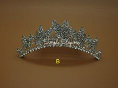 9.99$  Buy now - http://viosz.justgood.pw/vig/item.php?t=cl3pgae22712 - Small Comb Style Tiaras - Butterfly Design 9.99$