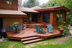 Amazing Multilevel Decks Design for Your Backyard. Multilevel Decks is one area of the house in the outdoor that is upgraded from the ground floor so it can be functioned for various daily activities. Deck With Pergola, Wooden Pergola, Diy Pergola, Deck Benches, Pergola Kits, Pergola Ideas, Deck Design Plans, Patio Deck Designs, Deck Plans