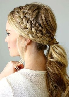 Fantastic Women love experimenting on different hairstyles. It's just amazing how a simple hairstyle can change any look. Curls, straight, waves, buns, ponytails – these The post Women love exp ..