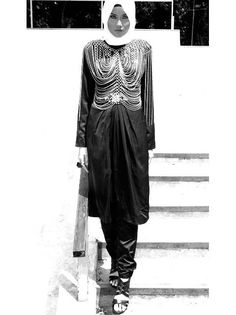 MONO CHROME LADY (SCARF Magazine Vol 07)