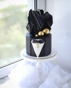 Elegant Birthday Cakes, 1st Birthday Cakes, Beautiful Birthday Cakes, Elegant Cakes, Masculine Cake, All You Need Is, Tuxedo Cake, Cake Show, Cake Decorating Frosting