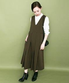 KBF BIGプリーツジャンパースカート(ワンピース)|KBF(ケイビーエフ)のファッション通販 - ZOZOTOWN                                                                                                                                                                                 もっと見る