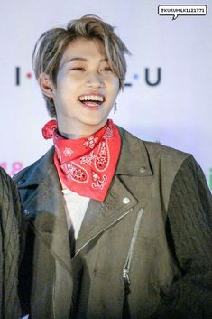 I know I'm late but I still wish Felix a happy belated birthday! Stay healthy and happy, I'm sure stays and the other members are very proud of what you achieved. Keep going! Stray Kids Chan, Felix Stray Kids, Fandom, K Pop, Wish Kids, Kid Memes, Lee Know, Minho, Korean Boy Bands